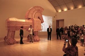 museum_open_
