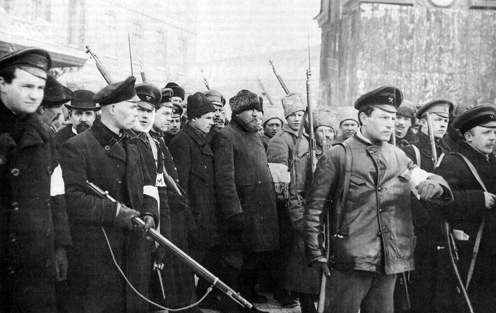 Patrol_of_the_October_revolution